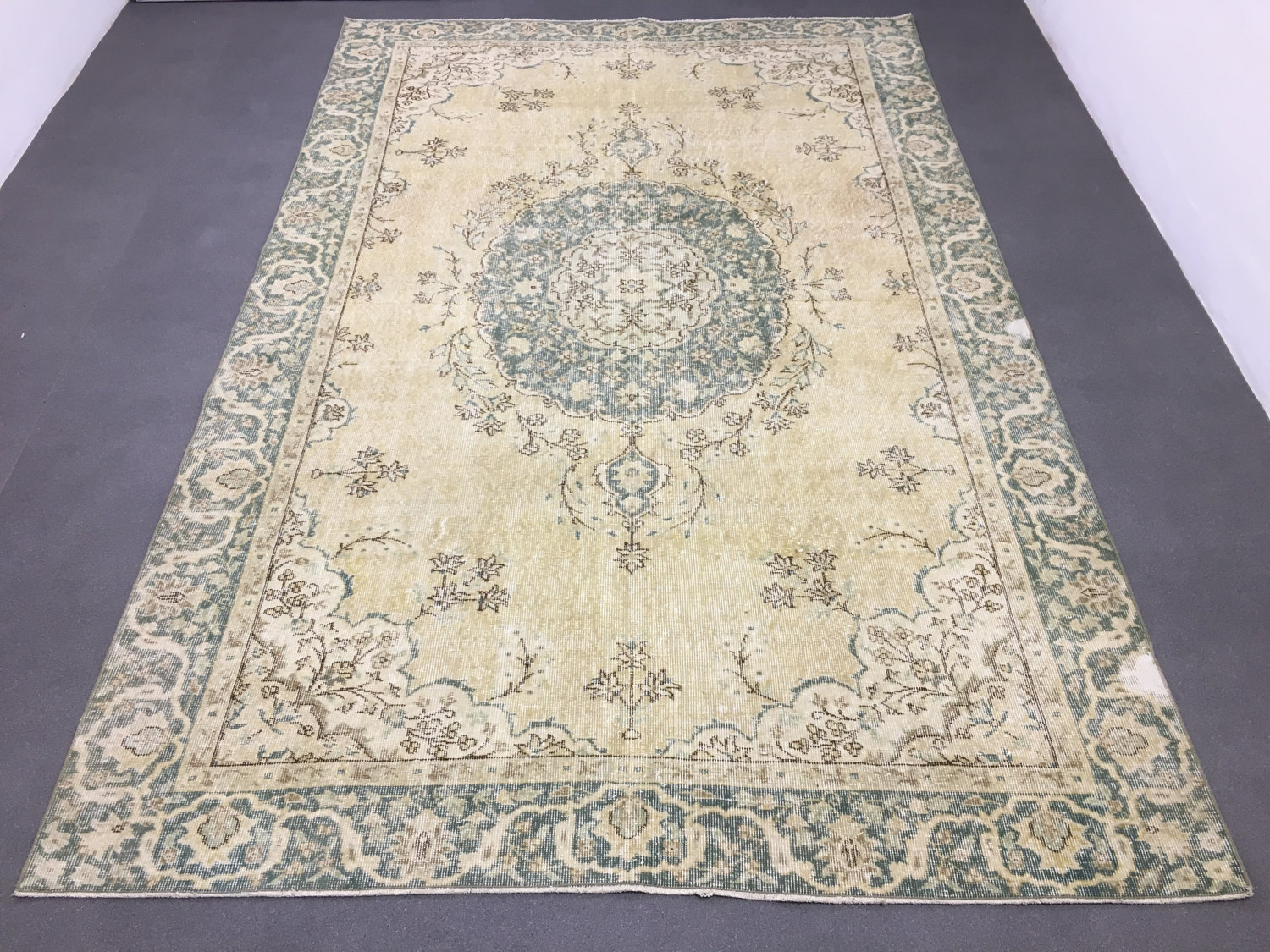 Green overdyed rug Forest Green Home Urban Rug Oushak Rug 64x10ft Muted Color Rug Distressed Rug Overdyed Rug