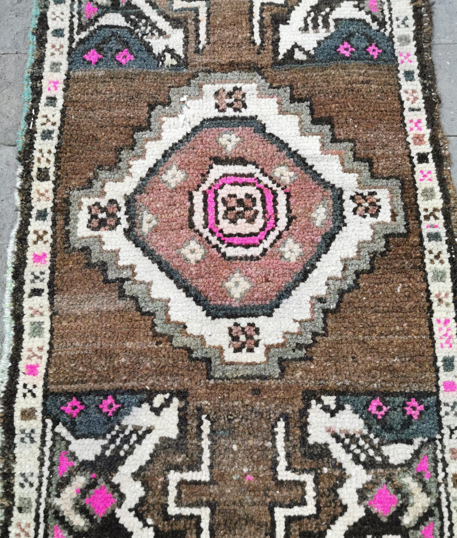 Bath Runner Small Oushak Runner Pink Brown Turkish Kitchen Rug Vintage Door Mat Rug Kitchen Rug Boho Entry Rug 1/'3 x 3/'6 Bedroom Rug